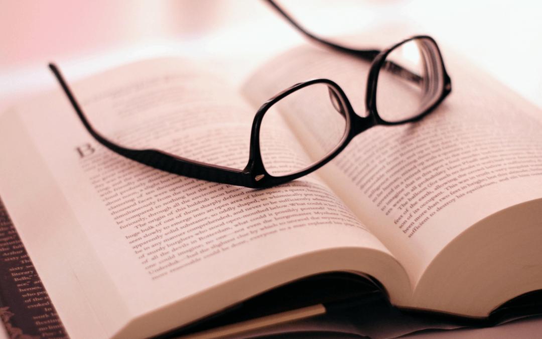 Lesen, lesen, lesen – das Erfolgsgeheimnis von Warren Buffett und Bill Gates